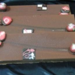turrón artesano de fresas liofilizadas