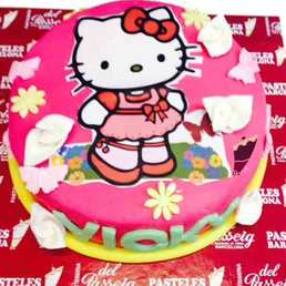 Pastel forma Hello Kitty