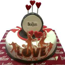 Cake Beatles Love
