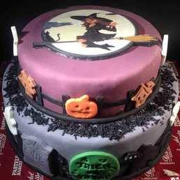 Pastel Halloween Pumpkin Cake